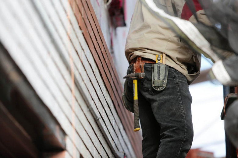 How to Find The Best Contractor for Home Improvement Repairs