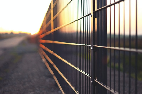 Fence Styles: 9 Popular Designs to Consider